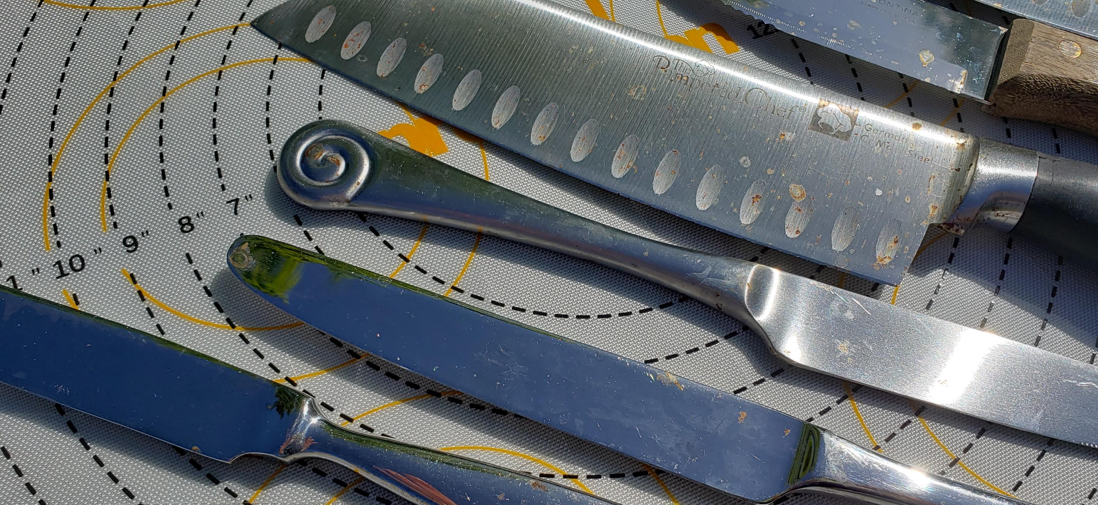 rusty knives