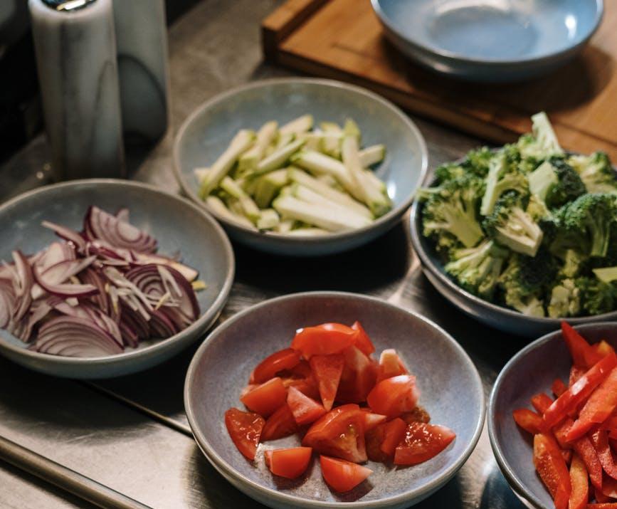 cut up vegetables, mis en place