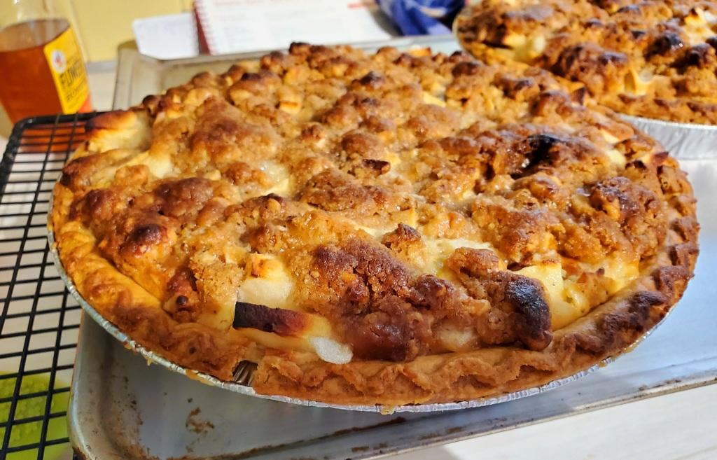finished coconut cardamom apple pie