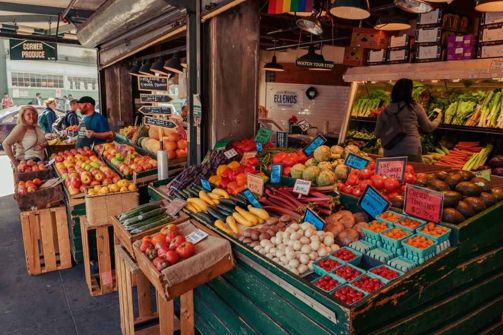 Open air fruit market