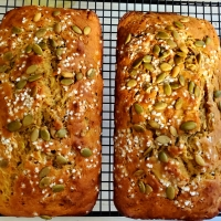 Spiced Zucchini Bread with Figs and Pumpkin Seeds - Eating Healthy in the New Year